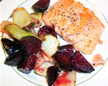 salmon with roasted beets and fennel